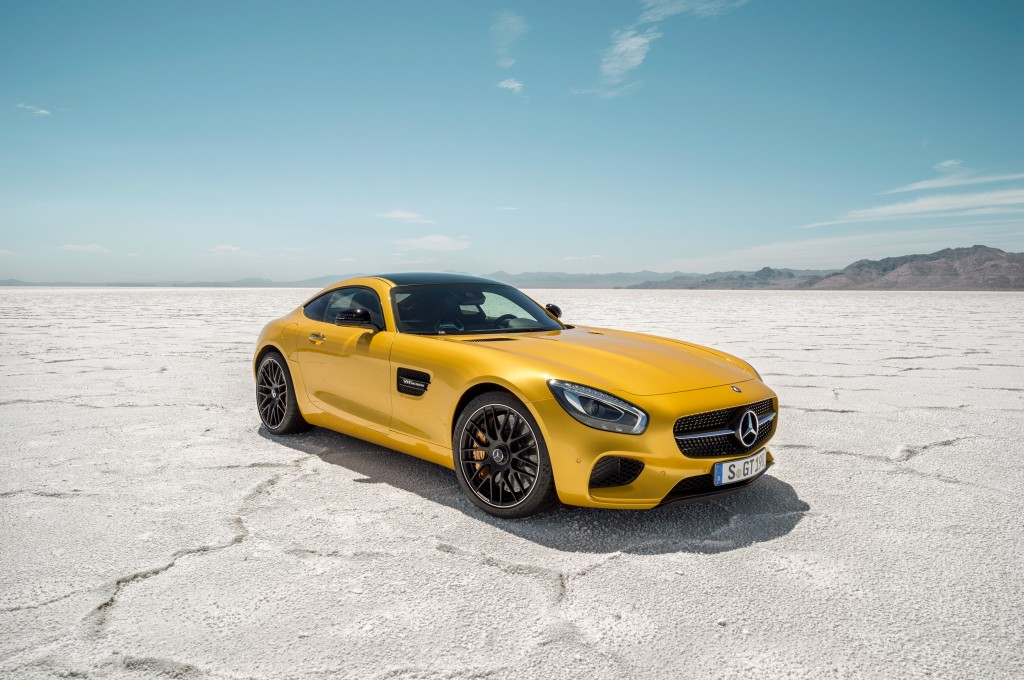 New Mercedes-Benz AMG GT is Flashy High-Performance Sports Car, Will Cost $120,000
