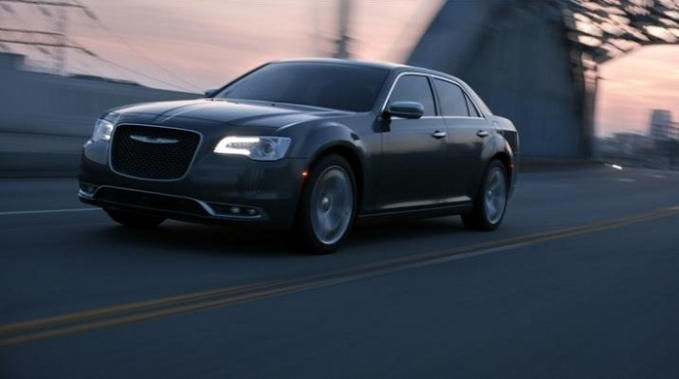 Game of Thrones' Tyrion Lannister Narrates Chrysler 300 Commercial