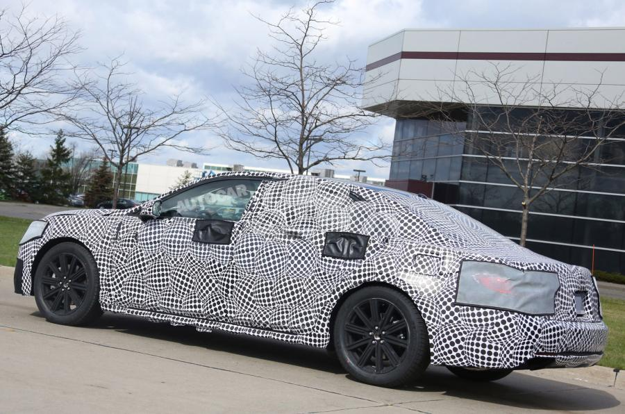 Lincoln Continental Prototype Spotted, Could Be Based on Ford Taurus