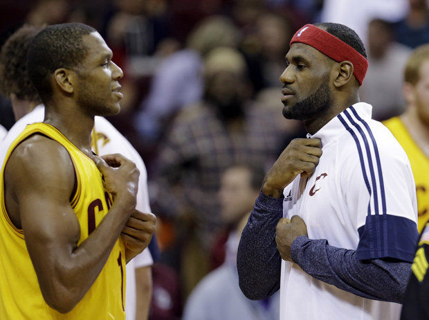 Cavs' James Jones and LeBron James Are First Since '60s to Make NBA Finals Five Straight Times